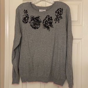 NWT Elle gray floral sweater size XL